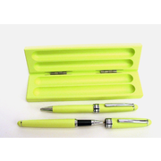 Pomeranian Motif on Lime Wooden Pen Box with 2 Pens