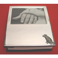 Labrador Retriever Motif on Plated Photograph Album 100 6 x 4 Ph
